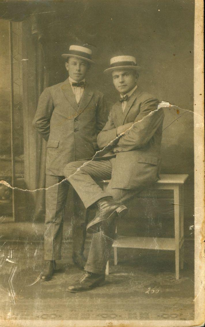 My grandfather Jan Muters (Sjeng Muters) and friend Harrie Moonen (Metsers Harrie)