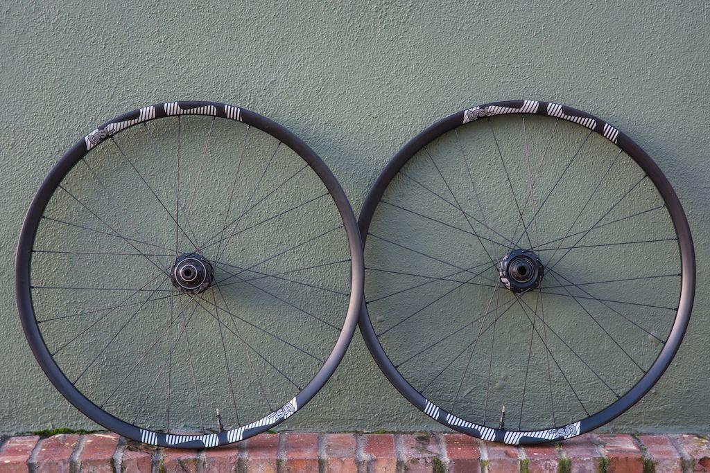 E Thirteen Trs Race Carbon Wheels Review Racing Wheel Bike Wheel