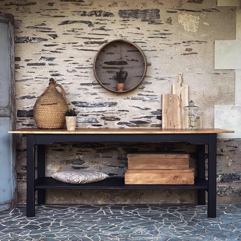Après un long passage par l'Atelier, devinez ce qui vient de pointer son nez sur l'e-Shop?😍 . . . . #avantaprès #brocante #brocanteenligne #decoration #vintage #homedecor #conceptstore #retourdechine #decoaddict #miroir #angers #angersmaville #angersshopping #nantes #interiors #fleamarket #woodworking #paris #zolpan @zolpan