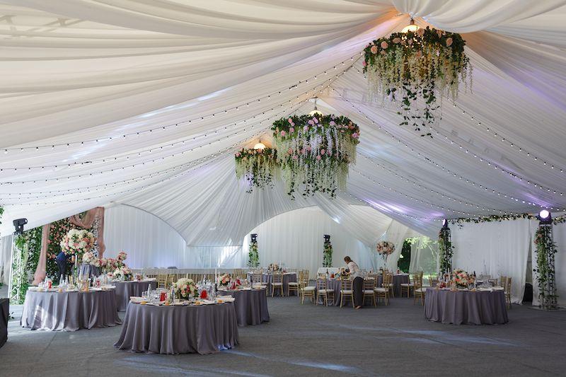 Deko Einer Luxus Hochzeit Festzelt Hochzeit Hochzeitsdeko Heiraten Im Zelt