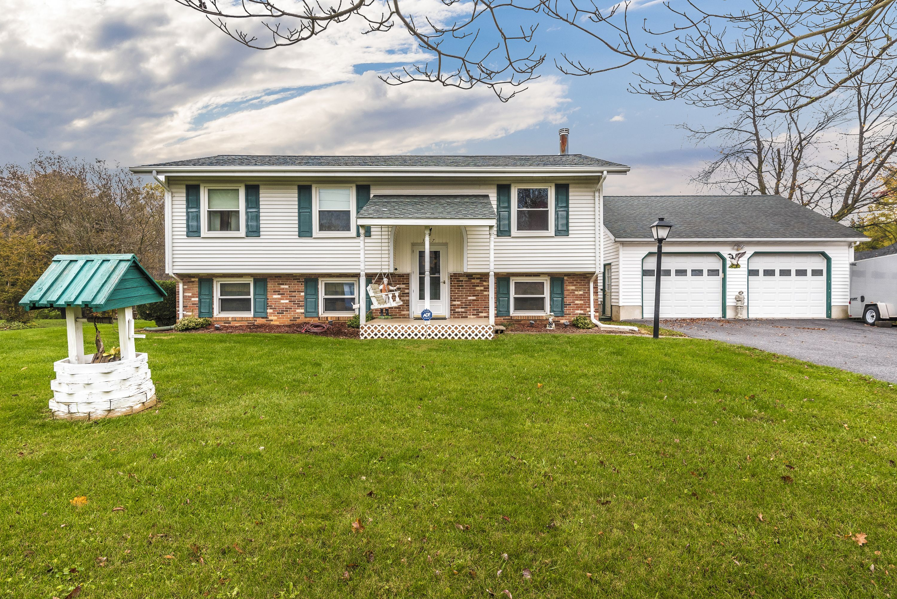 Carrie Minard Of Century 21® Redwood Realty Just Listed 3217 Hooper Road  New Windsor MD 21776 Open House: Sunday, November 12th From 2pm 4pm  Beautifully ...