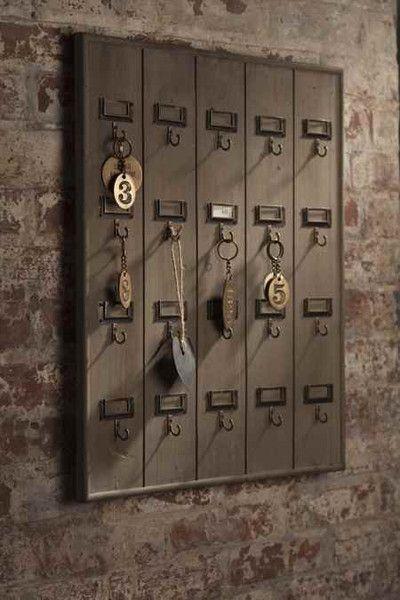 Vintage Inspired Wooden Hotel Key Hook Board Rack Large 20 Hooks