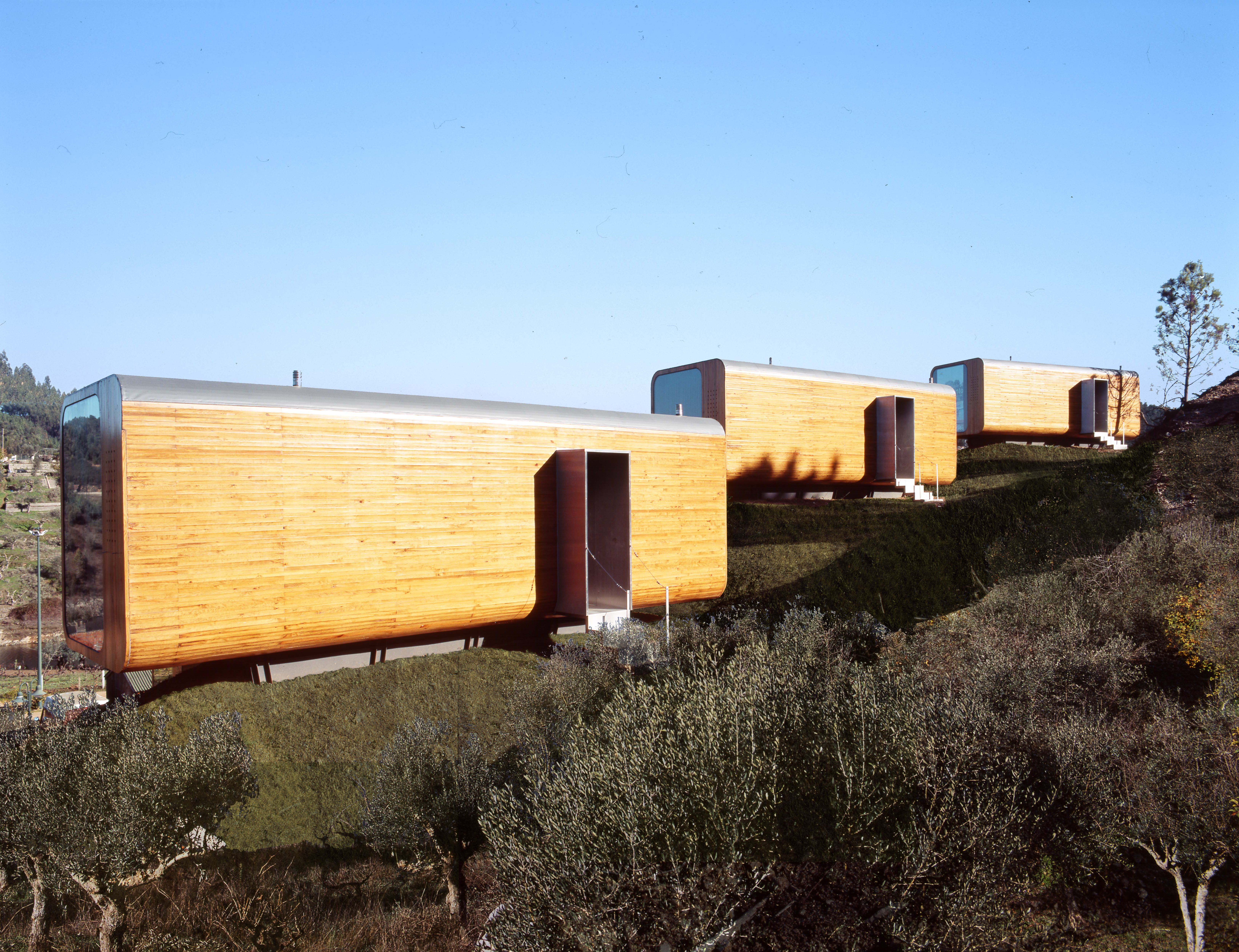 Photo 15 Of 26 In 7 Inspiring Solutions For Disaster Relief Housing Prefabricated Architecture Small House Architecture