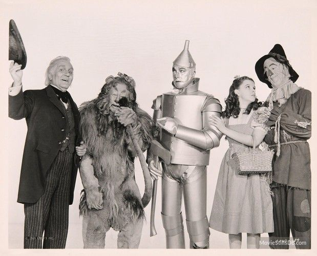 wizard of oz movie stills | The Wizard of Oz promo shot of Judy Garland, Jack Haley and others