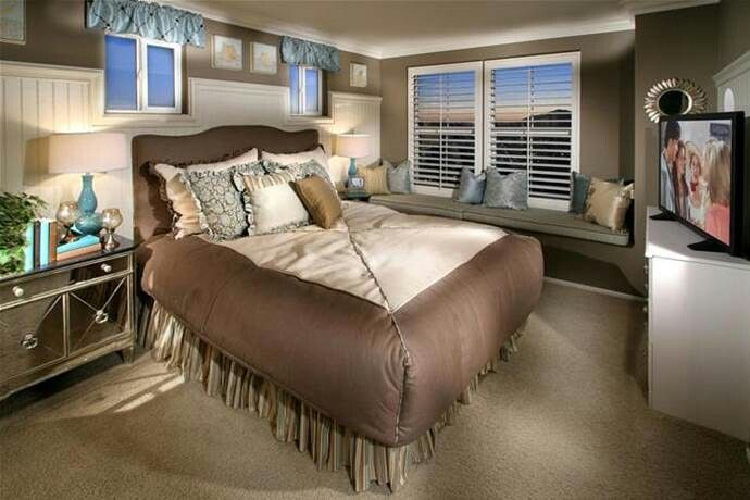 Small Master Bedroom Ideas Small Master Bedroom Small Master Bedroom Decorating Ideas Master Bedrooms Decor