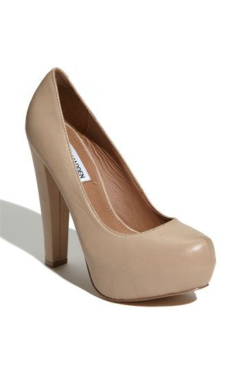 c7b61251449 Love this substantial-but-not-too-substantial heel...and the perfect for  pale chicks nude. I could live in Steve Madden shoes.