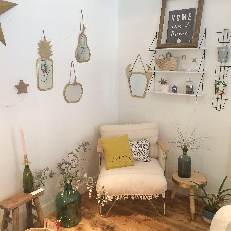 fauteuil et miroirs honor d coration magasin de d coration sous les toiles exactement nantes. Black Bedroom Furniture Sets. Home Design Ideas