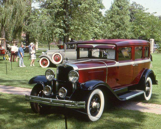 1929 Viking 4 door Viking was an automobile manufactured by General Motors\u0027 Oldsmobile ision & 1929 Viking 4 door | Vikings General motors and Cars