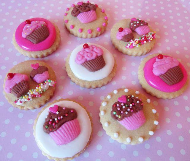Postreadicci n galletas decoradas cupcakes y pops formas en fondant con moldes de silicona - Moldes cupcakes silicona ...