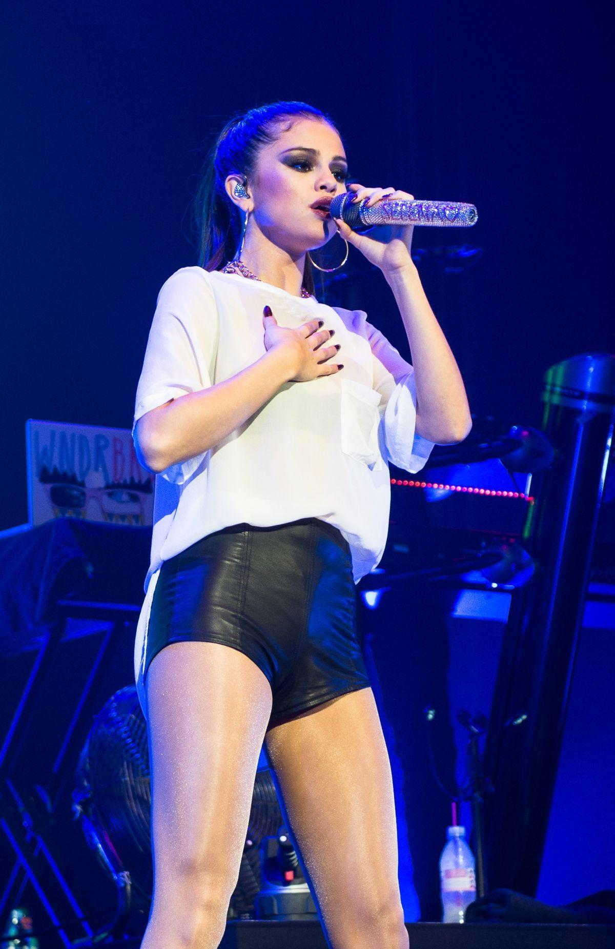 Pin de Bella Swift💕☁ en Star Dance Tour ✨ | Pinterest