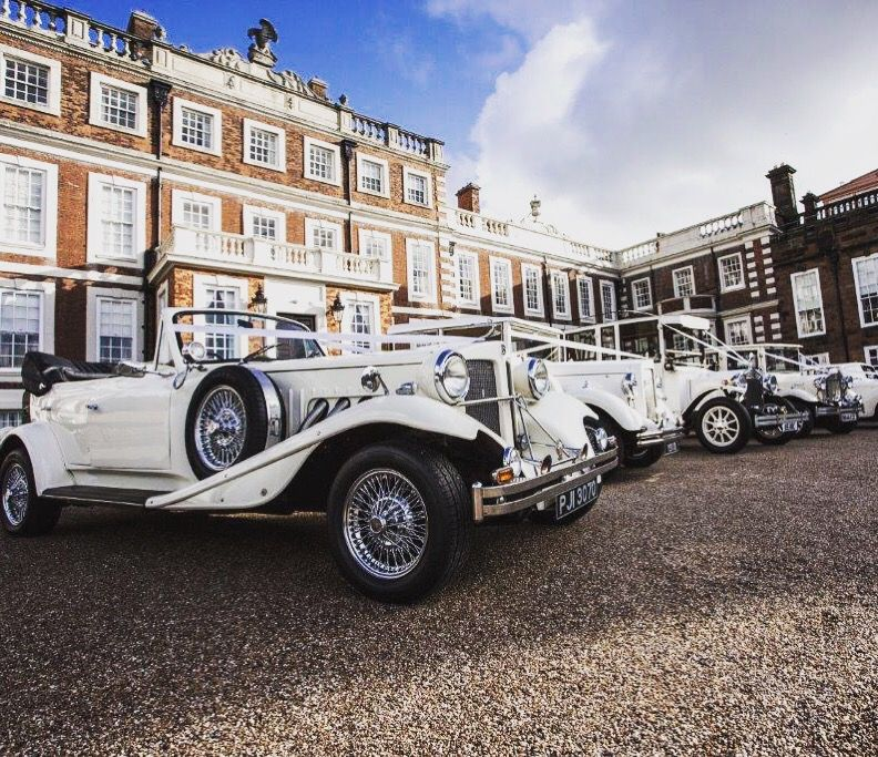 An Amazing Selection Of Vintage Style Wedding Cars Beauford Regent Imperial Royale Windsor Fleur De Lys Wedding Car Vintage Car Wedding Wedding Car Hire