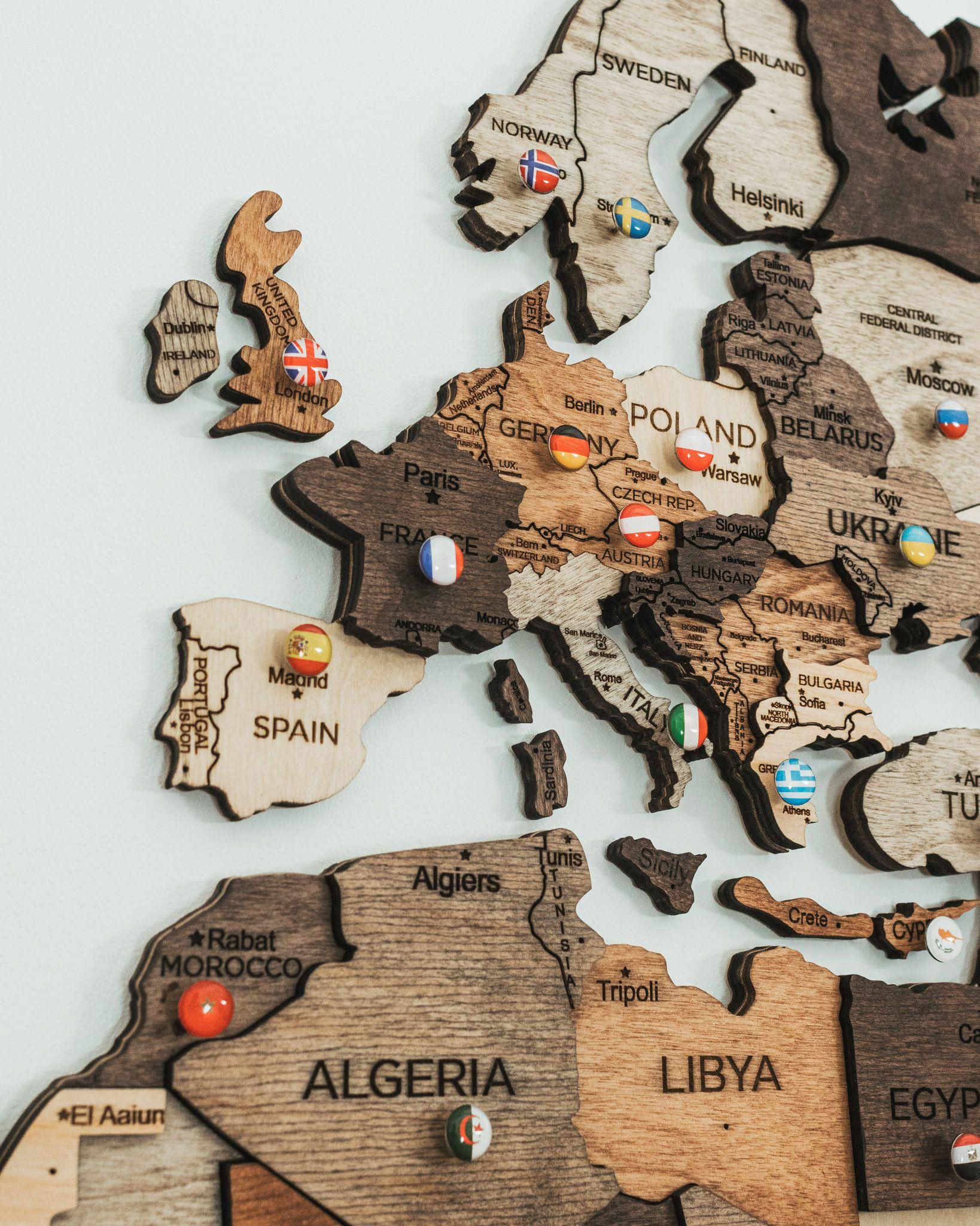 Wand Holz Karte Der Weltkarte Reise Push Pin Karte Rustikale Etsy In 2020 Wall Maps Boyfriend Wall Art Map Anniversary Gift