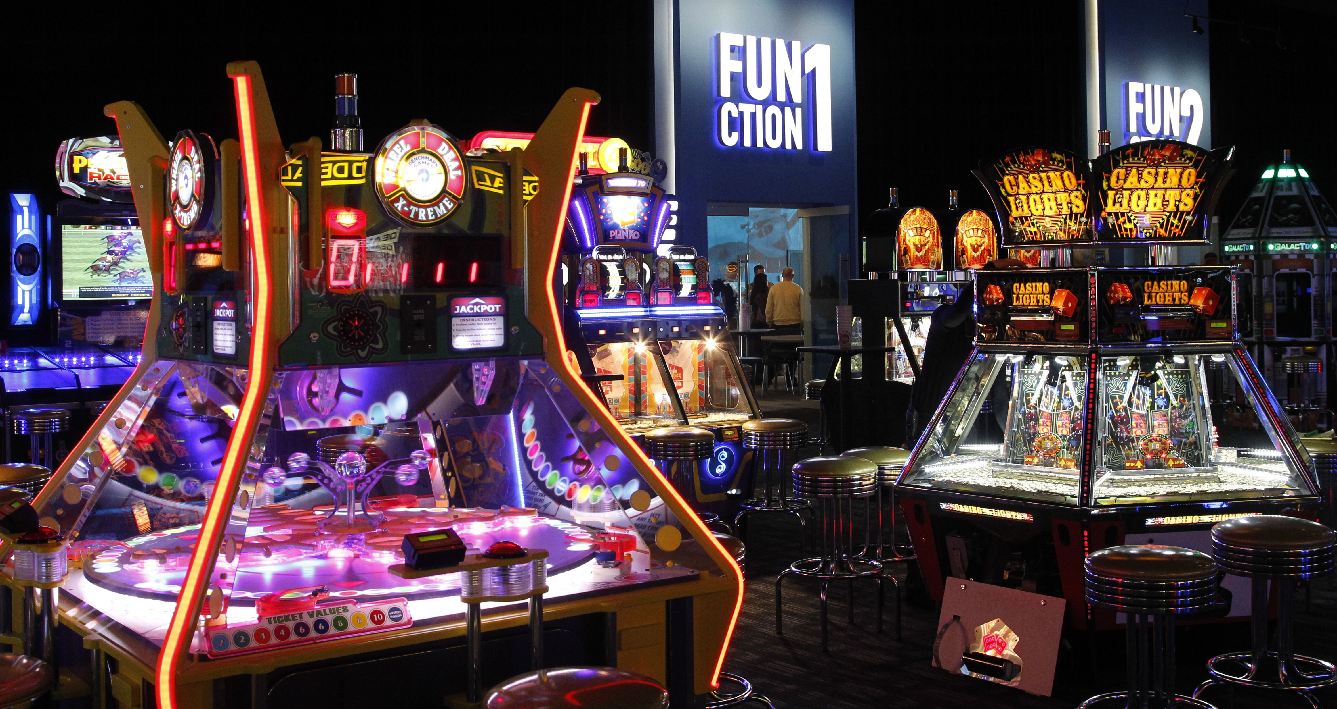 Dave and busters printable coupons january 2013 - Sizing Up The New Dave Buster S In Dallas A More Open