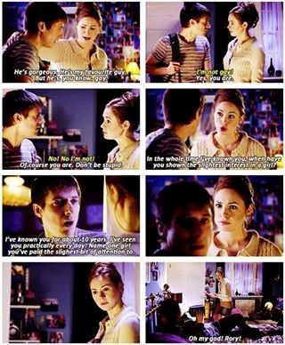 Rory's reaction in this scene was absolutely adorable. Probably what I would've done...