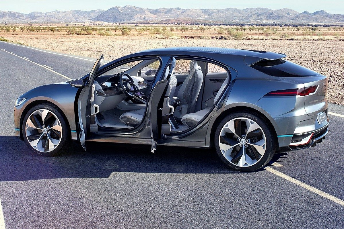 Jaguar I Pace Concept Previews 2018 Suv Parkers Concept Car Previews Suv Styling And Electric Drivetrai Electric Car Concept Jaguar Pace All Electric Cars