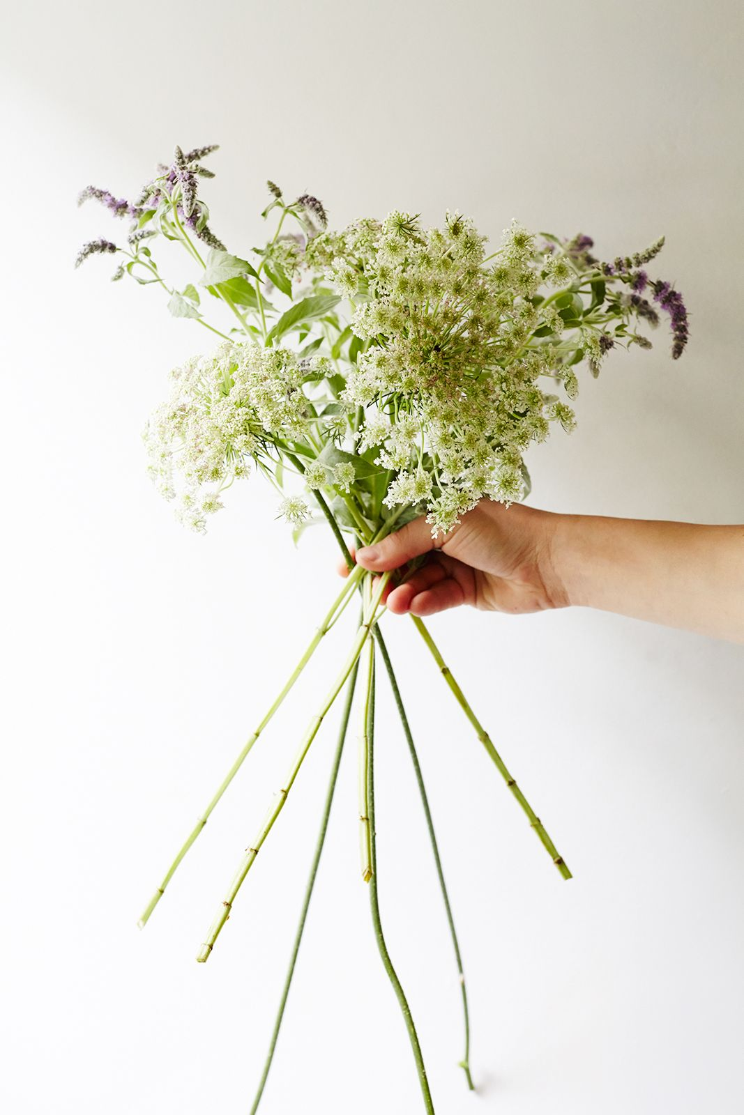 DIY Wedding Bouquets - Flower Arranging Tips   Pinterest   Diy ...