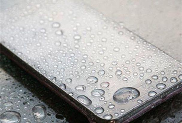 PhoneDome: arriva la protezione invisibile da acqua, sabbia e polvere per smartphone e tablet da Anycast Solutions