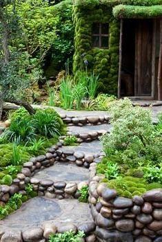 Best in Show Artisan Garden. Satoyama Life -showing the symbiosis of nature and people. Designer: Ishihara Kazuyuki Design
