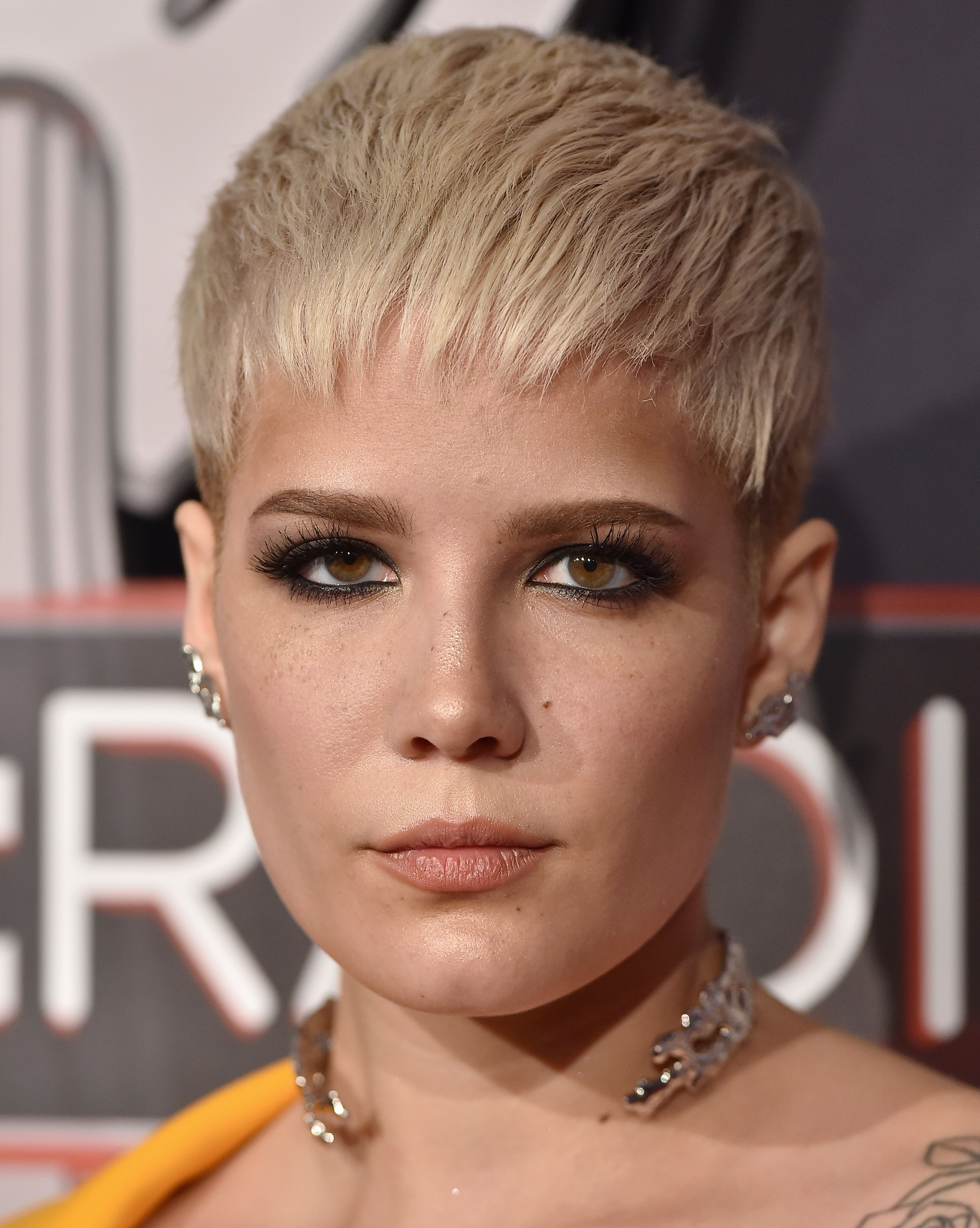 The best short hairstyles and haircuts to try now short hair
