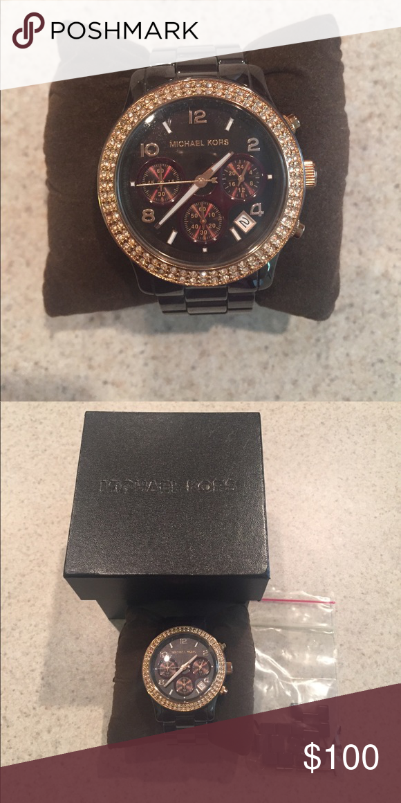 5e73e23c9270 Michael Kors Watch - MK-5517 Micheal Kors Watch - Only wore about 2 months.  Needs new battery Michael Kors Accessories Watches