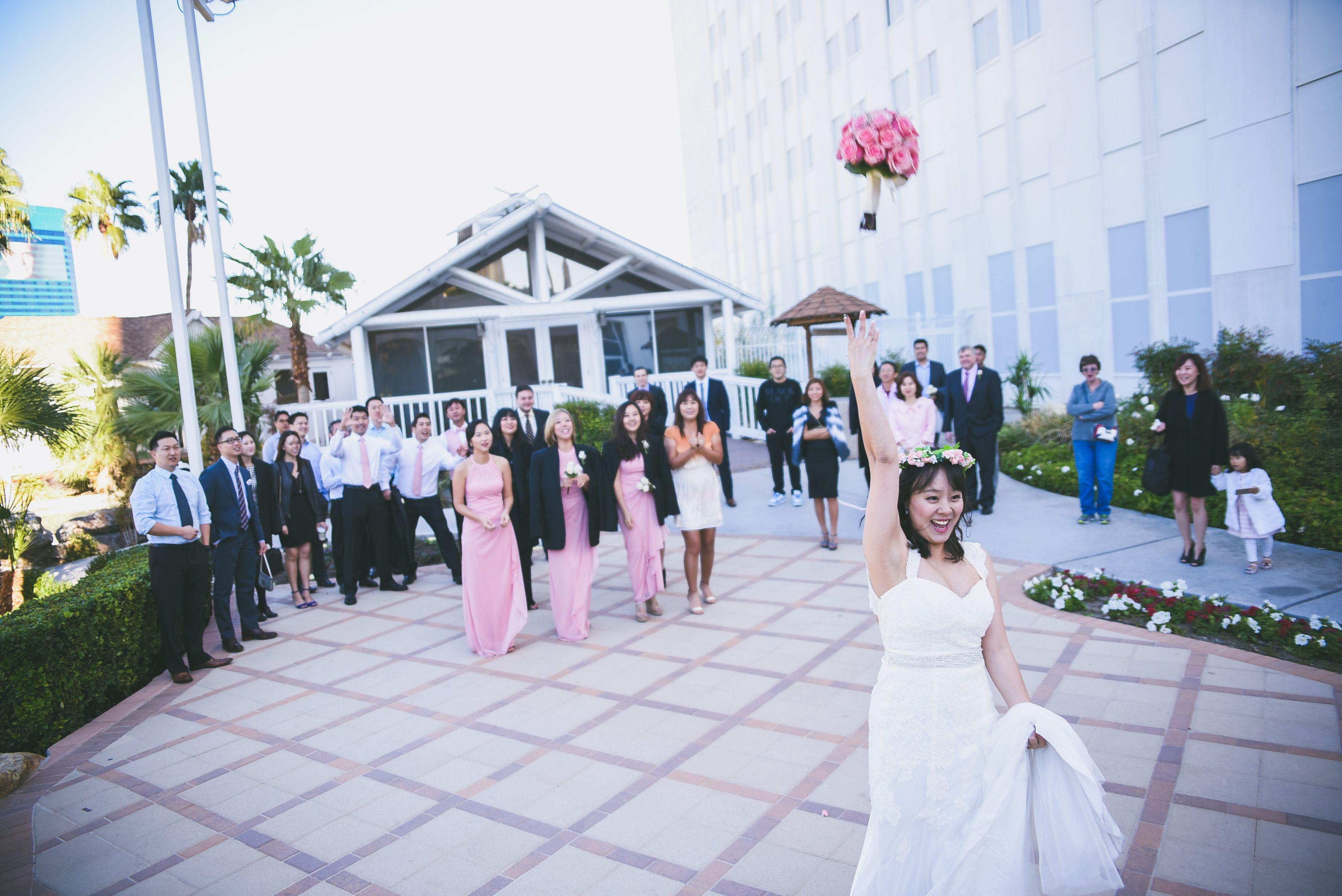 Outdoor Wedding Reception Location In Las Vegas Have A Garden
