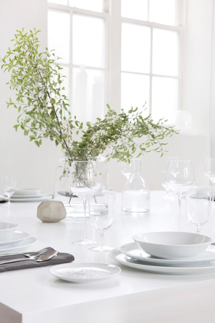 8 Inviting Ways To Decorate Your Thanksgiving Table
