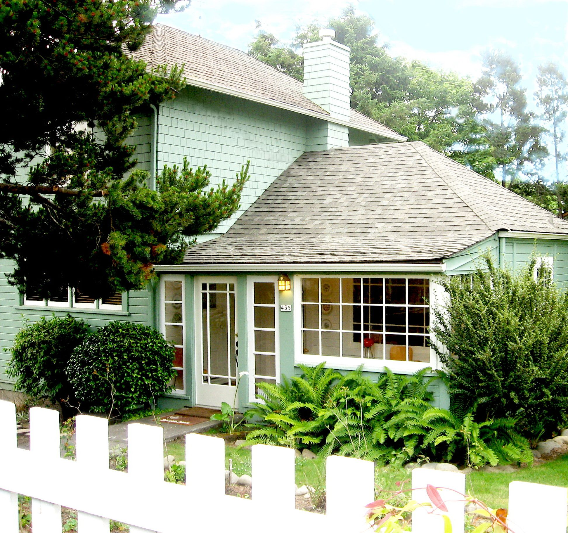 Miraculous This Is Scouts Cottage Located In Seaside Oregon It Is The Home Interior And Landscaping Spoatsignezvosmurscom