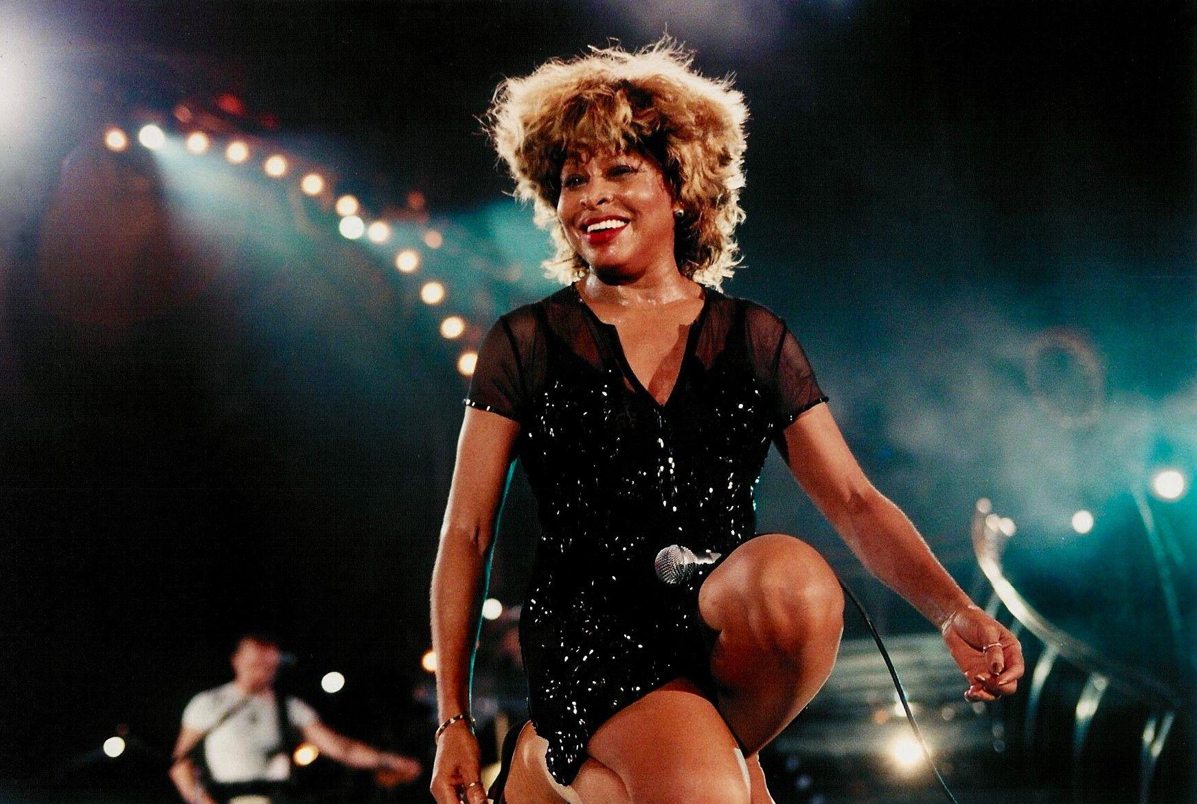 Tina Turner durante un concierto en Londres / Gira Wildest Dreams 1996