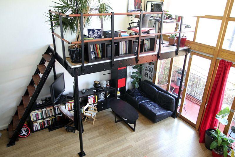 Hoogslaper met opbergkast planken bureau en lades hoogslapers