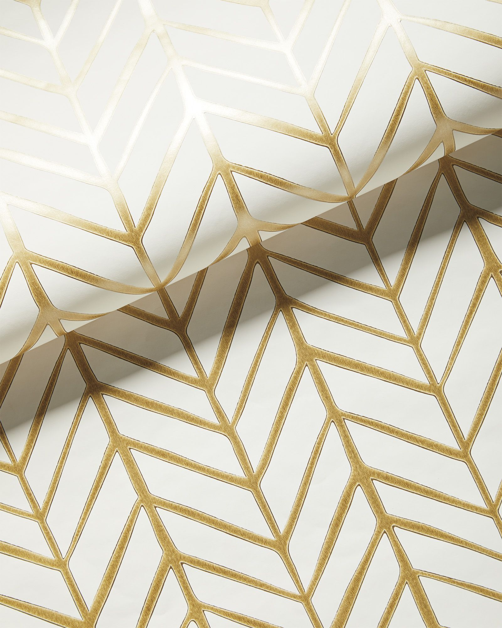 Feather Wallpaper Gold In 2021 Feather Wallpaper White And Gold Wallpaper Gold Bathroom Decor