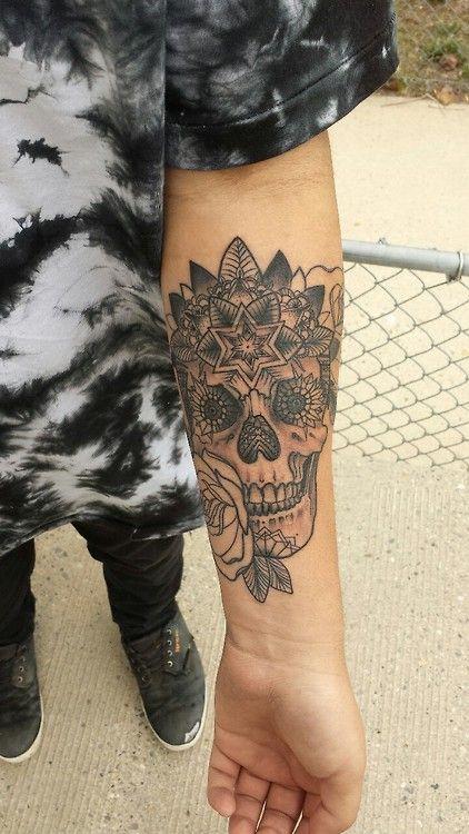 Black and grey tattoo www.tattoodefender.com #blackandgrey #biancoenero #tattoo #tatuaggio #tattooart #tattooartist #tatuaggi #tattooidea #ink #inked