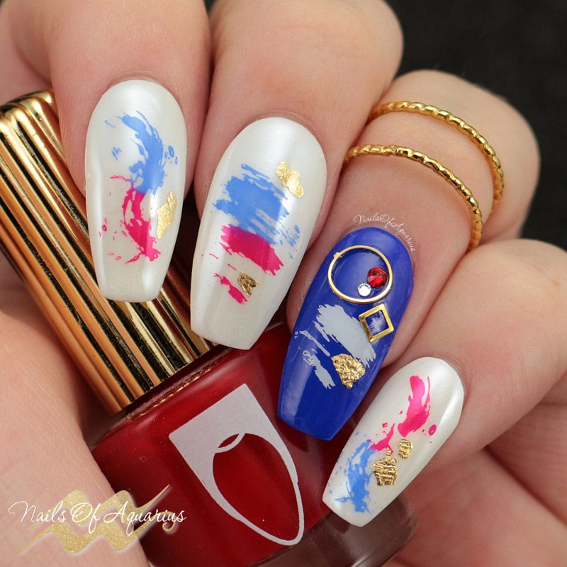 Minimalist Independence Day Nail Art With Floss Gloss Nail Art