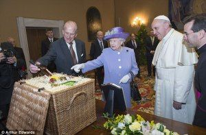 La Regina Elisabetta Ii In Visita A Roma Regina Elisabetta Elisabetta Ii La Regina