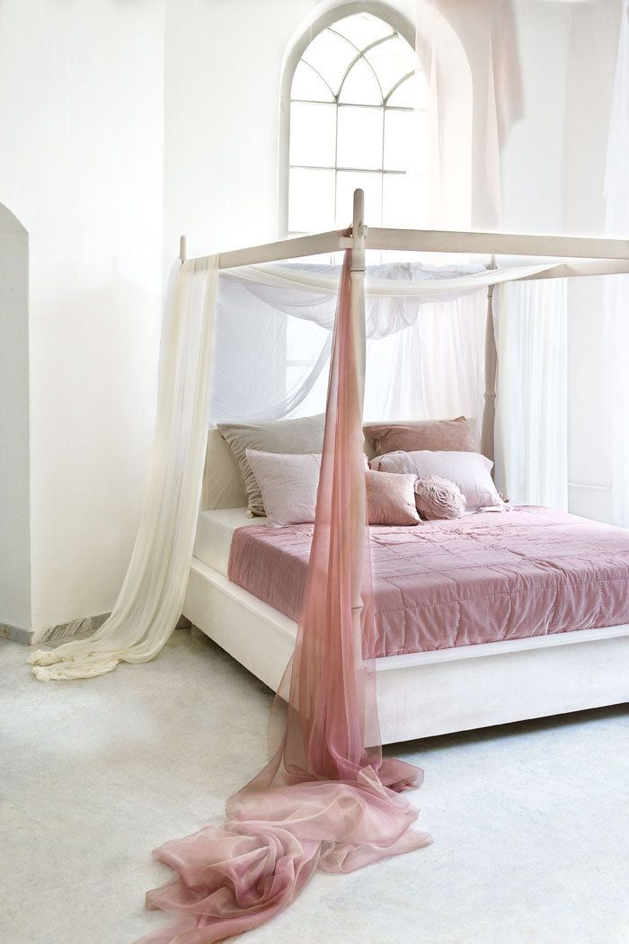 Flowing Canopy Bedroom ~The Doll House.