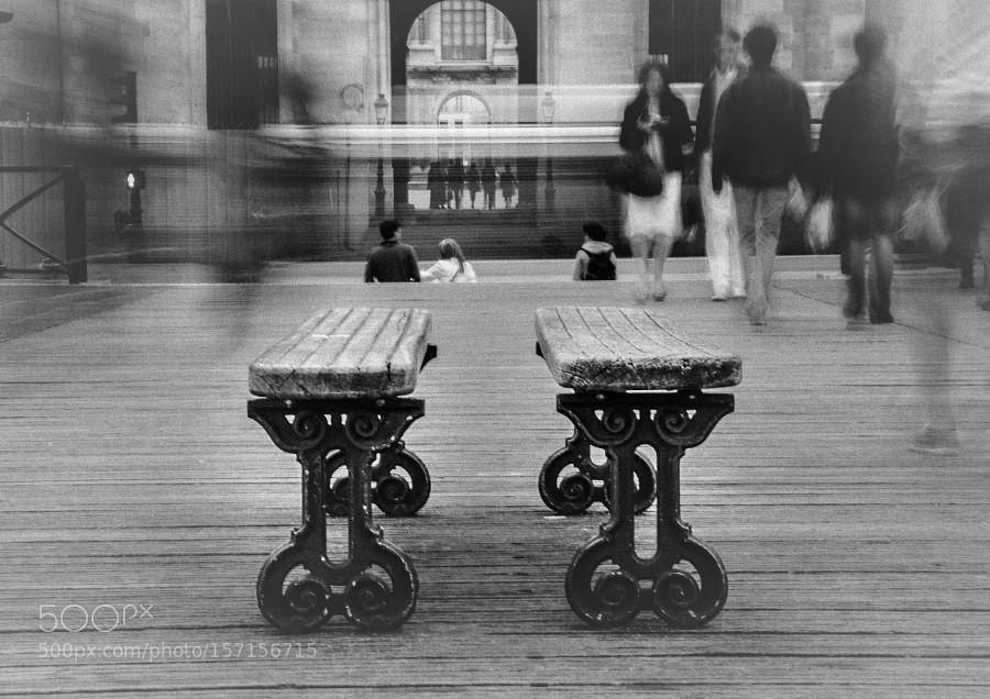 Les bancs du Pont des Arts by alejandra_cives