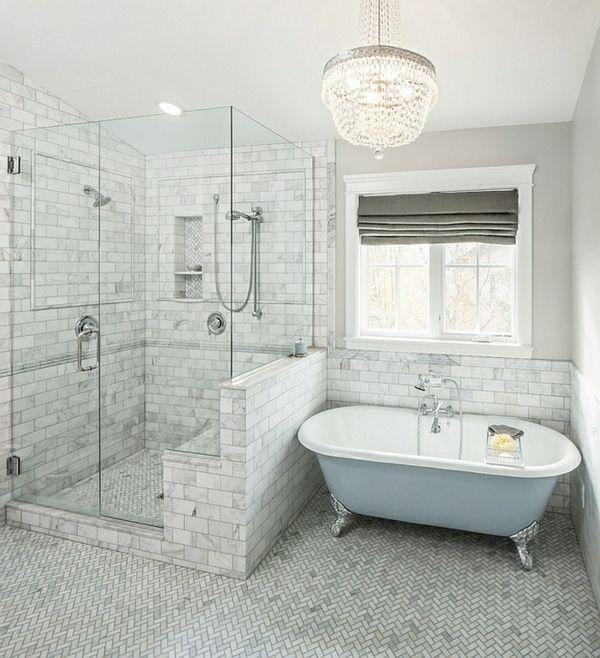 moderne badezimmer ideen fischgräten muster freistehende badewanne ...