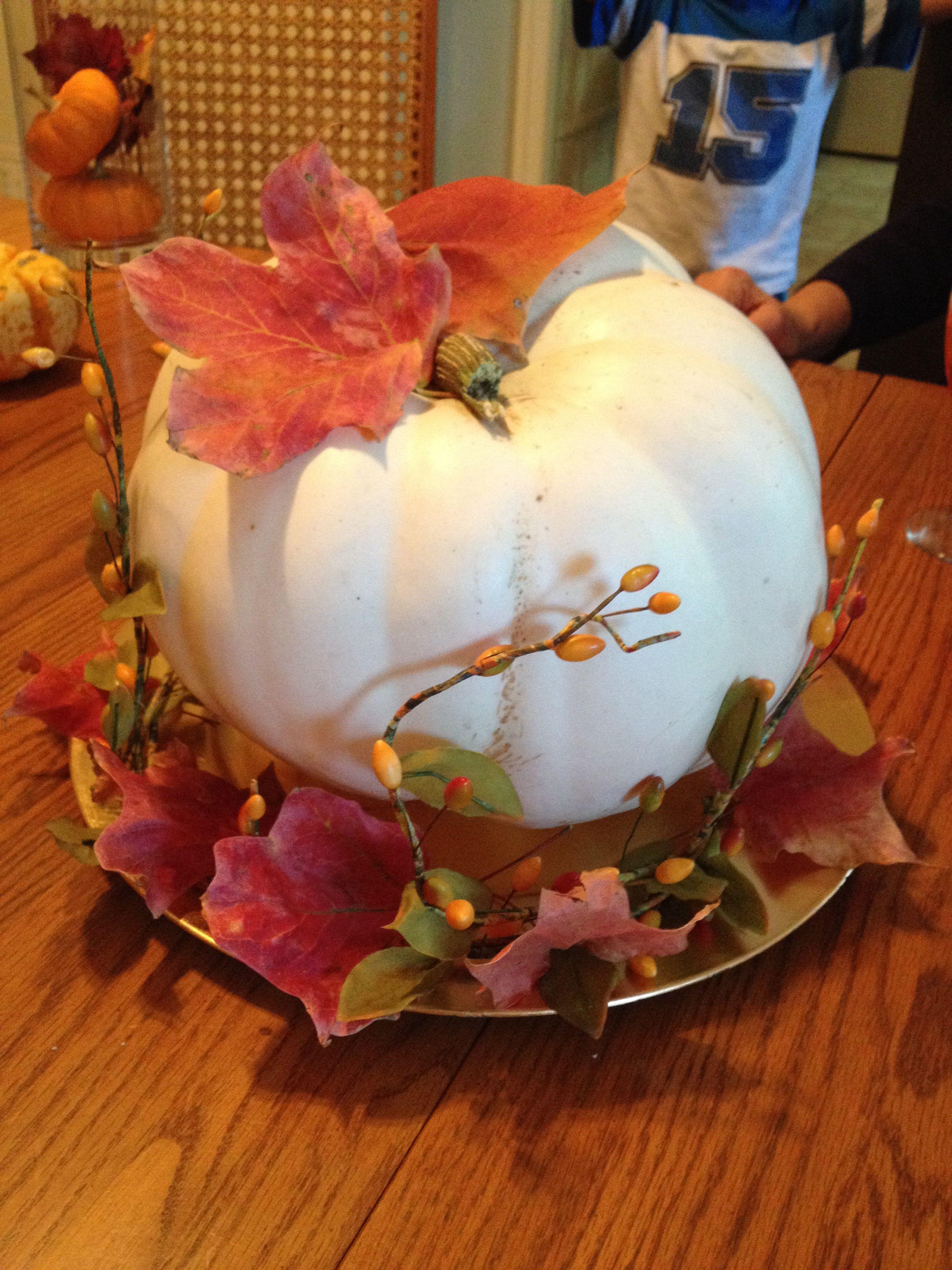 White pumpkin center piece