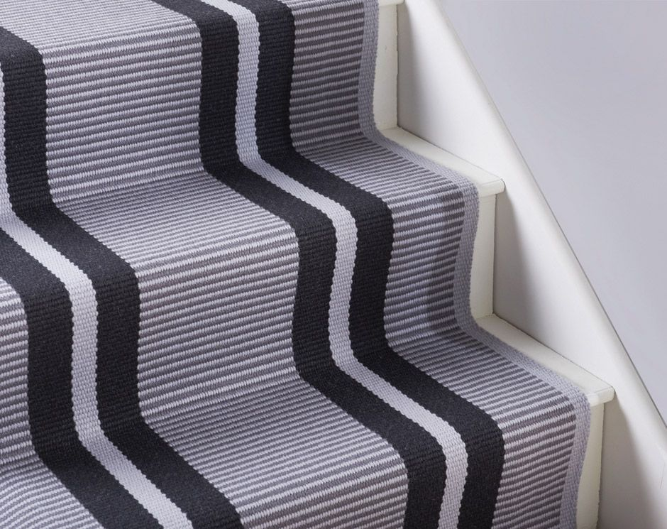 Best Flatweave Stripes Zip Red 05 Carpet Hallway Carpet 400 x 300