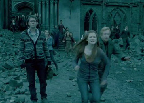 The Deathly Hallows When Ginny Screams Thinking Harry Is Dead Harry Potter Scene Harry Potter Muggle Harry Potter Day