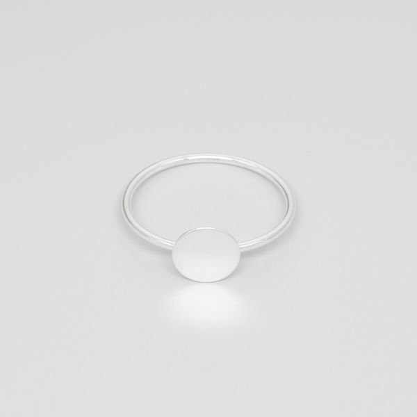 Photo of fejn jewelry ring 'Shiny Disc'