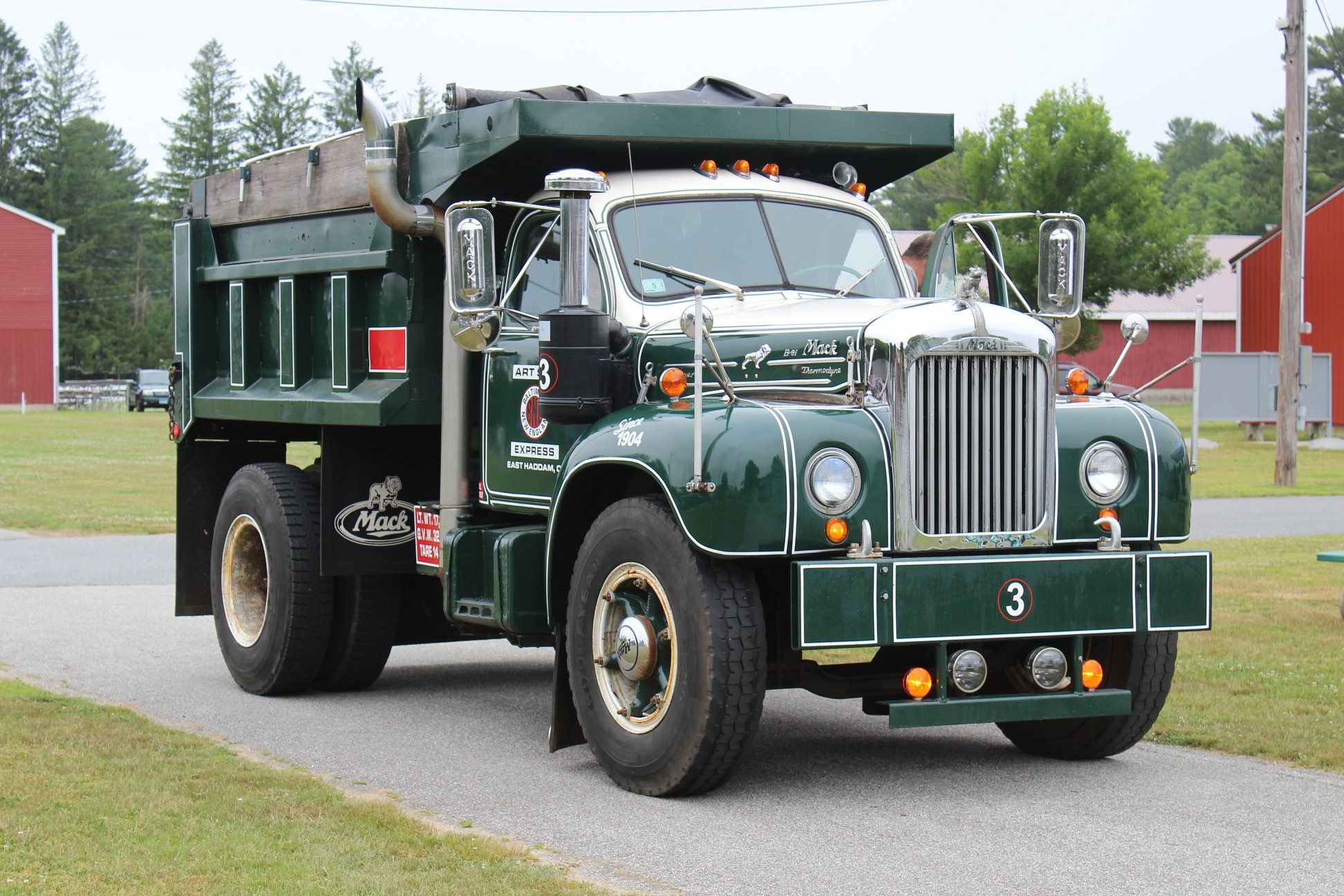 Mack B Model 6 Wheel Dump Truck With Images Mack Trucks Dump