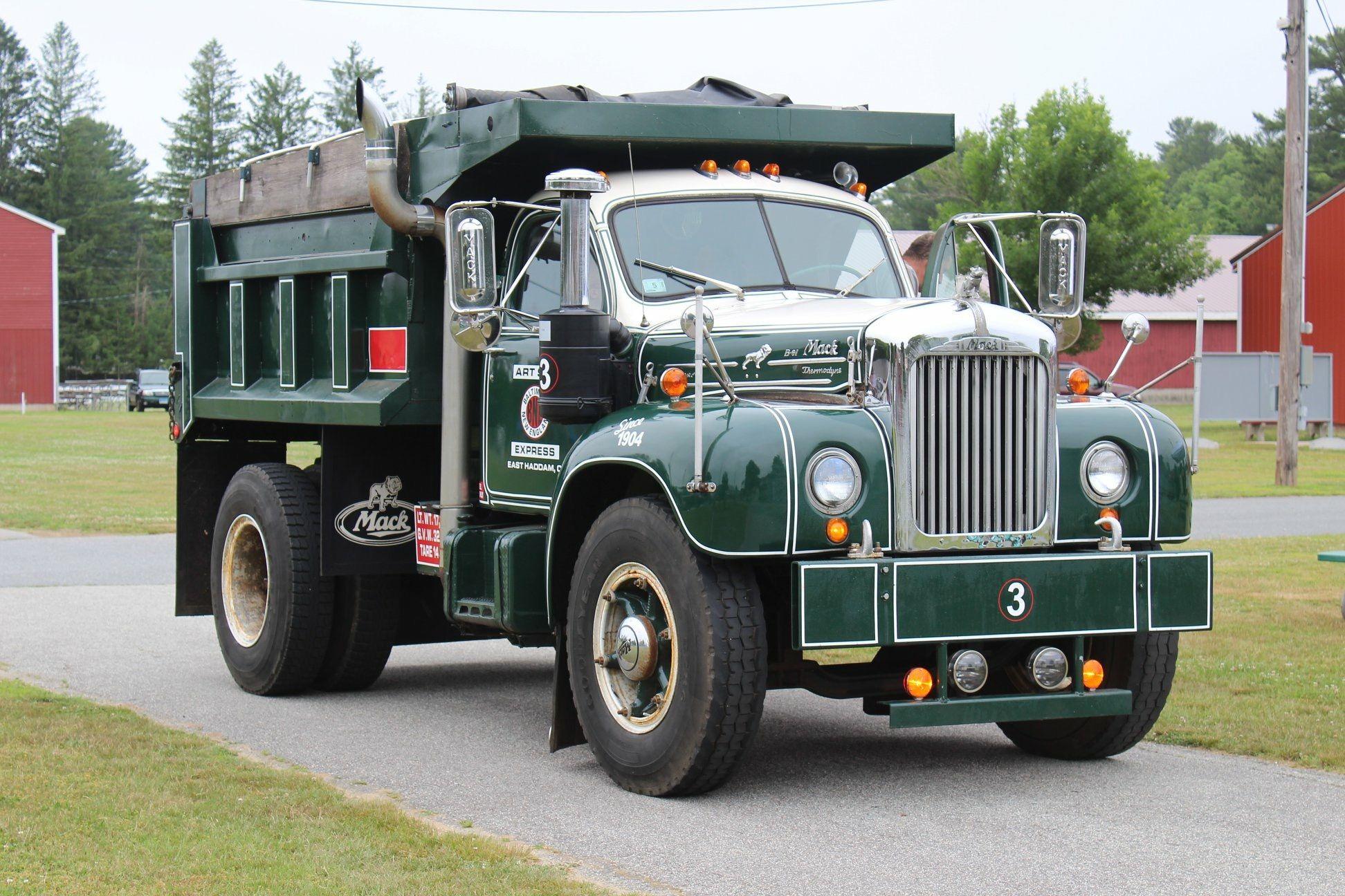 Mack B Model 6 Wheel Dump Truck Mack Trucks Dump Trucks Heavy Truck