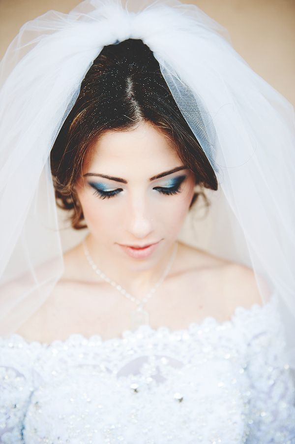 201f23d7be49 Winter wedding makeup photo by Amber J Photography. Winter Wedding: 10 Ways  to Rock Your Winter Wedding - KnotsVilla