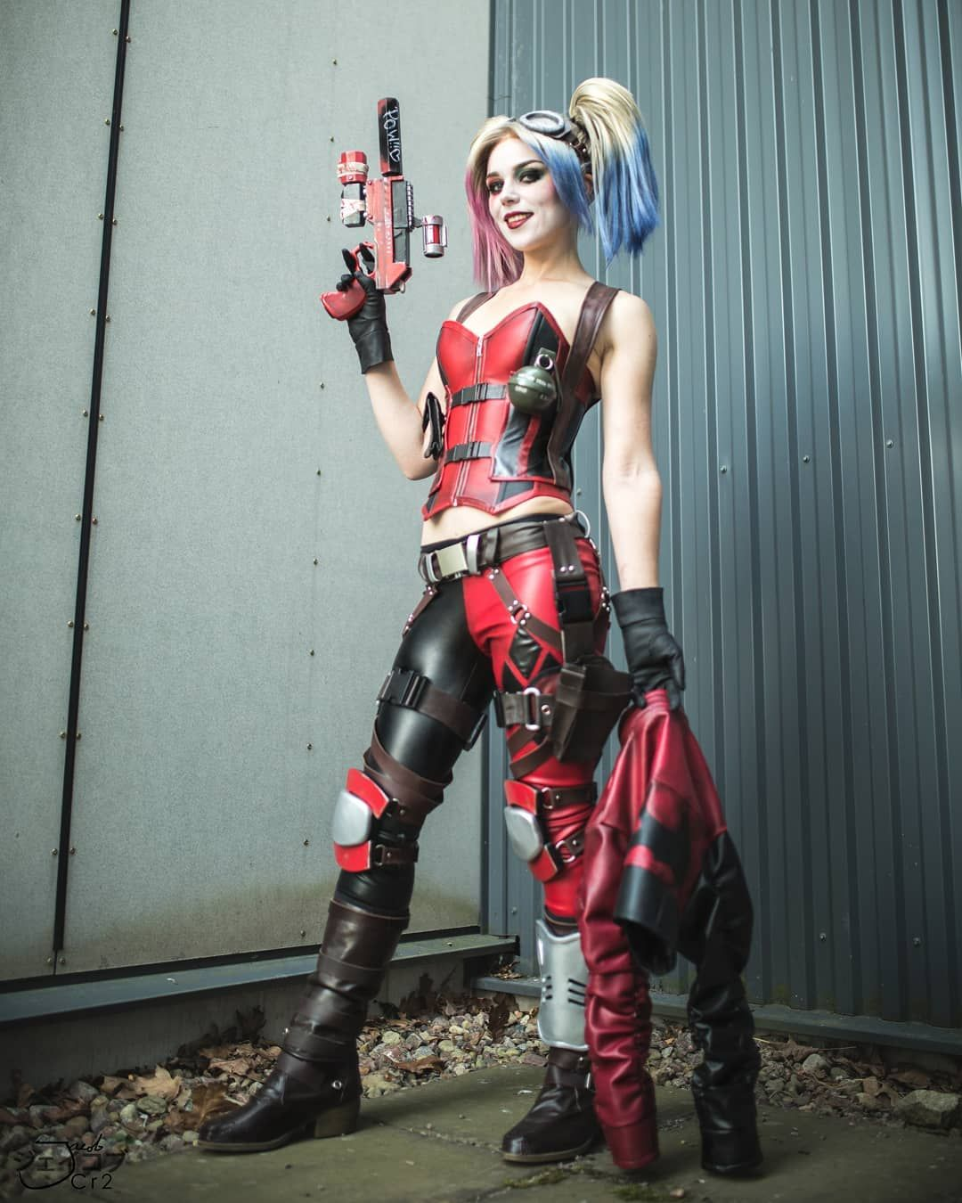 Pin On Video Game Cosplay Harley Quinn Injustice Gods Among Us