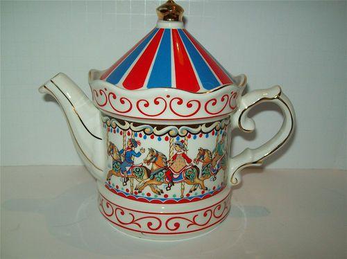 Sadler England Edwardian Entertainment Carousel Teapot Mint