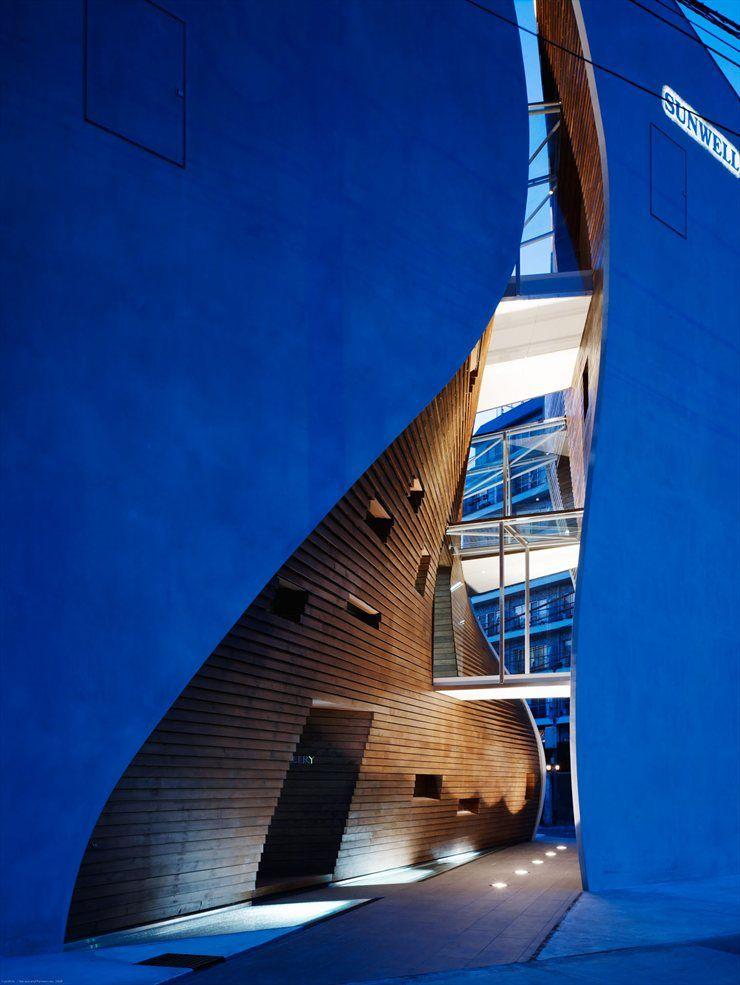 Sunwell Muse, Tokyo, 2008 by Takato Tamgami Architectural Design + Be -Fun - DEsign #architecture #design #tokyo #japan #facade #showroom #shops #retail