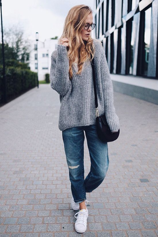 f1d09b13f0d ... style - fall outfits - winter outfits - casual outfits - comfy outfits  - oversized grey sweater + boyfriend jeans + white sneakers + black shoulder  bag