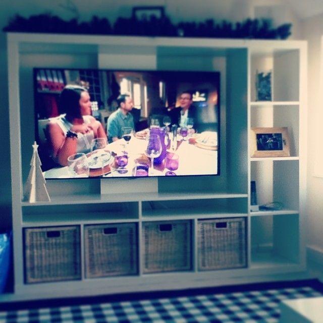 die besten 25 tv wand lappland ideen auf pinterest ikea unterhaltungszentrum entertainment. Black Bedroom Furniture Sets. Home Design Ideas