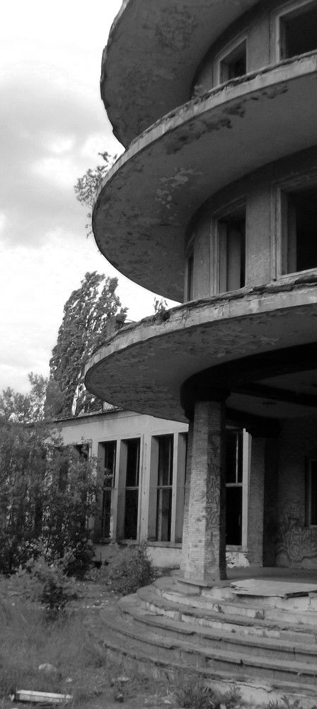 lost Buildings-Holiday Hotel`Fritz Heckert`