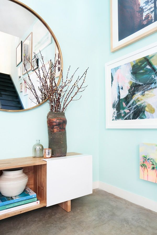 A Beachside Living Room Makeover + Get the Look Living rooms, Loft